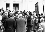 Picture of / about 'Parliament House' the Australian Capital Territory - Visiting AmericanTourists from SS Malole, on the steps of Old Parliament House. Prime Minister Scullen on the right.