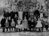 Picture relating to Broadwater - titled 'School portrait of Upper Broadwater State School, Queensland, ca. 1904'