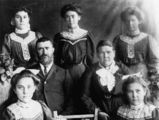 Picture of / about 'Yarraman' Queensland - Family of Samuel and Sarah Heale, Yarraman, 1909