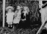 Picture relating to Pinkenba - titled 'Smith family girls at Pinkenba, ca. 1899'
