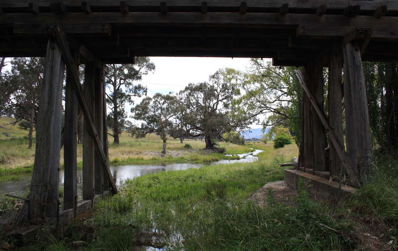Picture of / about 'Deepwater River' New South Wales - Four Mile Creek near confluence with Deepwater River