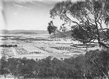 Picture relating to Braddon - titled 'Braddon and Civic Centre from Mt Ainslie. Ainslie Hotel, Limestone Avenue in foreground.'