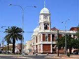Picture relating to Kalgoorlie-Boulder - titled 'Kalgoorlie-Boulder / Boulder Town Hall'