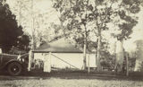 Picture relating to Toowoomba - titled 'Kiosk at Ravensbourne, near Toowoomba, ca. 1925'