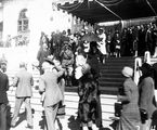 Picture of / about 'Parliament House' the Australian Capital Territory - Duke and Duchess of York meeting the citizens from the steps of Old Parliament House