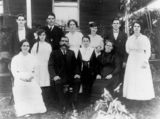 Picture relating to Tinana - titled 'Cummings Family ca. 1916'